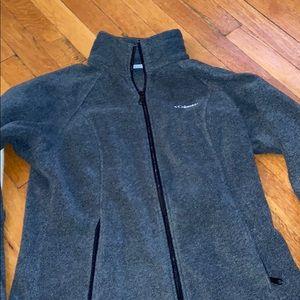Women Columbia fleece jacket